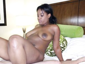 Hot Black Girl With Sexy Curves Fucking For Pleasure