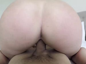 Chubby Ass Girl Rides His Dick After Getting Paid