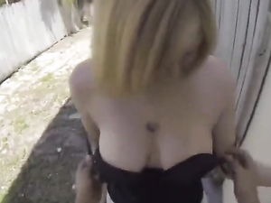 Meeting A Breathtakingly Sexy Girl For Doggy Sex