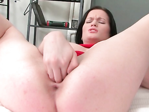 Solo Girl Goes Wild With Her Monstrous Black Dildo