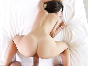Sporty Girl With A Stunning Ass Follows Him Home For Dick