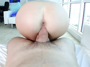 Cock Loving Cutie With Sparkling Blue Eyes Fucks Big Cock