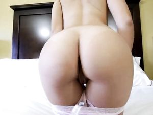 Big Butt Cutie Banged In A Hotel Room Until He Cums